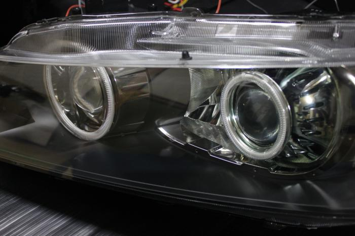 ヘッドライト加工・プロジェクター移植